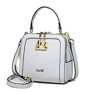 mochila cuero blanca para mujer emprendedora