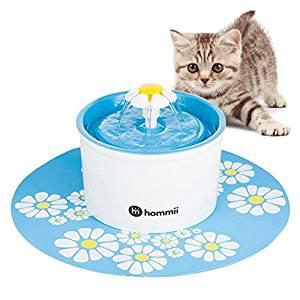 Bebedero fuente de agua para perros de pelo largo color azul